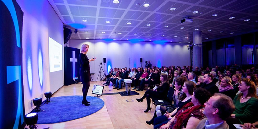 Dr. Monika Hein – Expertin für Kommunikation